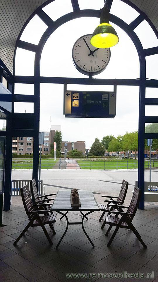 Hedendaags Remco Volbeda Bloemen bezorgen - Tafels en stoelen te koop bij NS JO-03