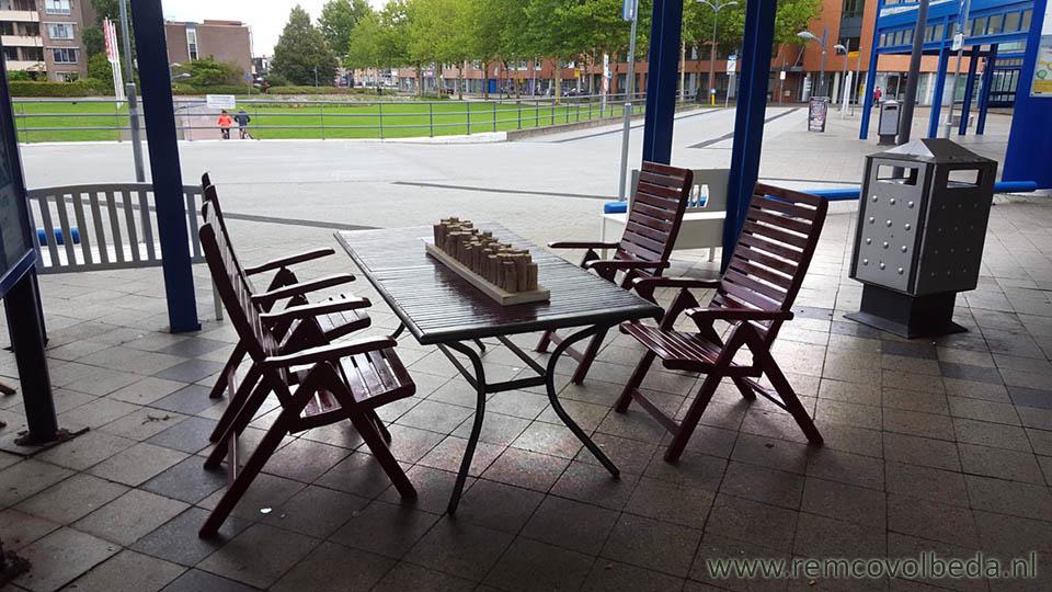 Verrassend Remco Volbeda Bloemen bezorgen - Tafels en stoelen te koop bij NS GC-61